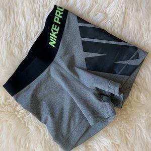 NIKE PRO/ gray spandex shorts XS